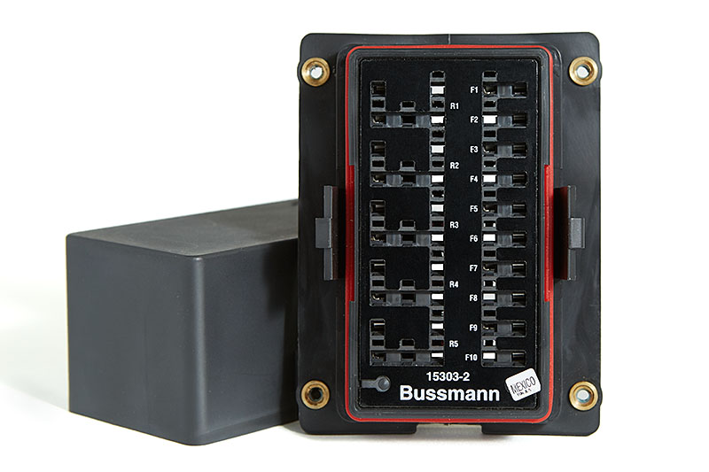 2015 06 02_BussmannRTMR_Z2A2170_web800 diy bussmann rtmr fuse block, part 2 parts bodenzord building regulations fuse box location at creativeand.co